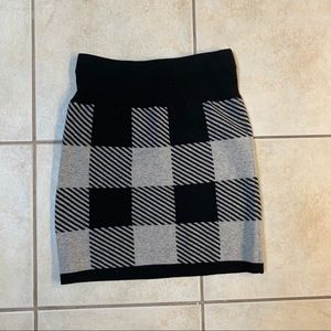 Club Monaco sweater mini skirt, small